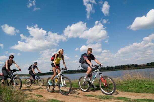 bagan countryside biking tour