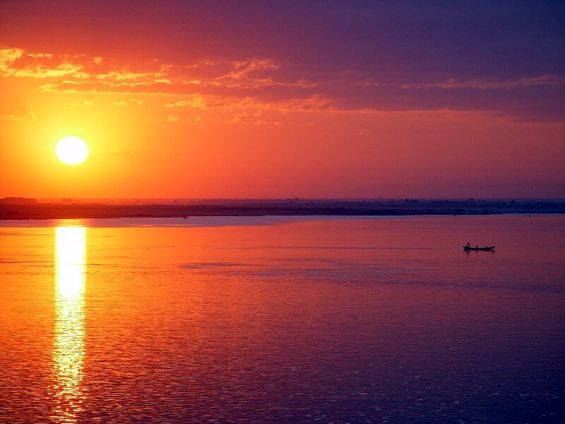 bagan sunset boat trip 3