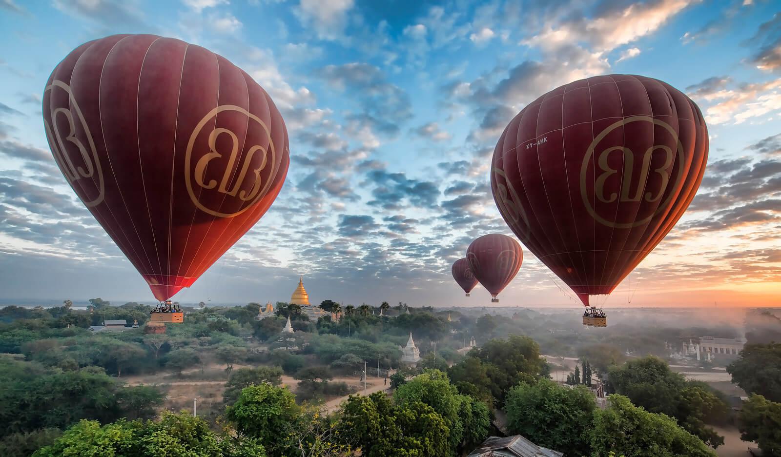 balloon over bagan 3