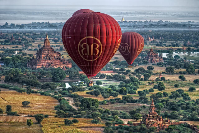 balloon over bagan 6
