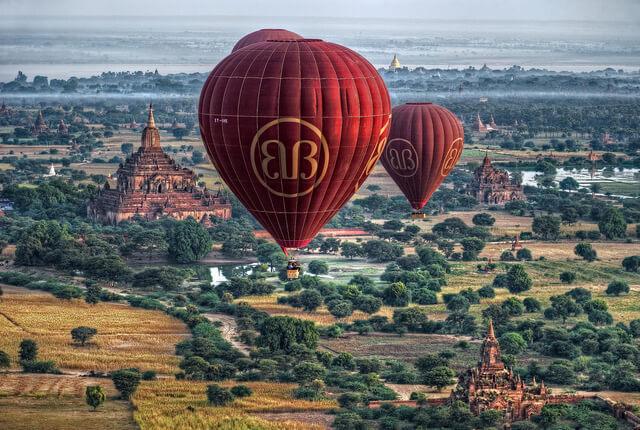 balloon over bagan 6