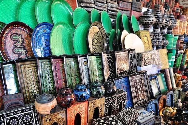 bagan lacquerware shops 4