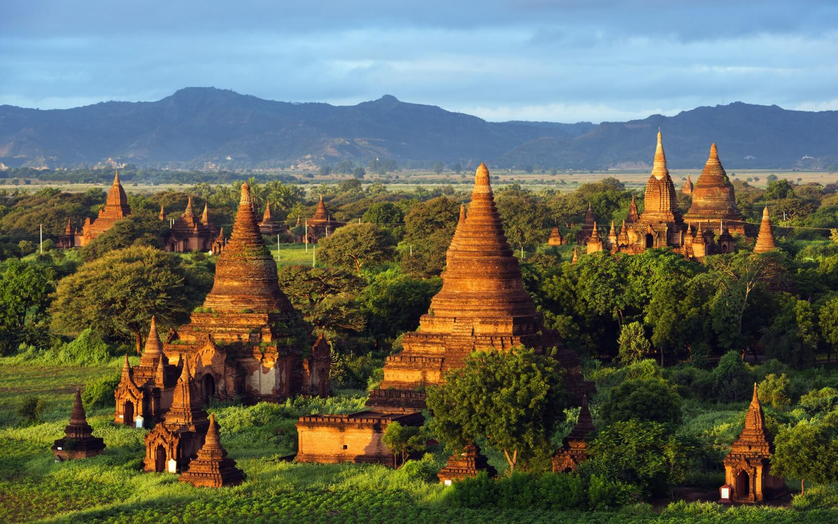 bagan sightseeing biking tour 2