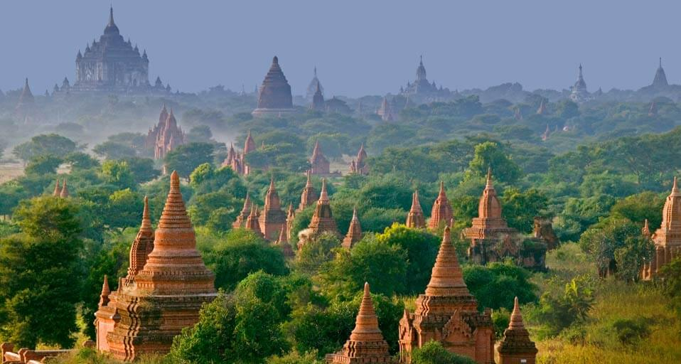 bagan sightseeing biking tour 3