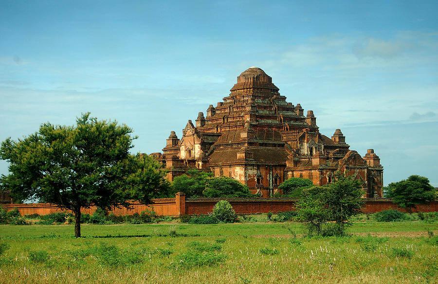 dhammayangyi temple 2