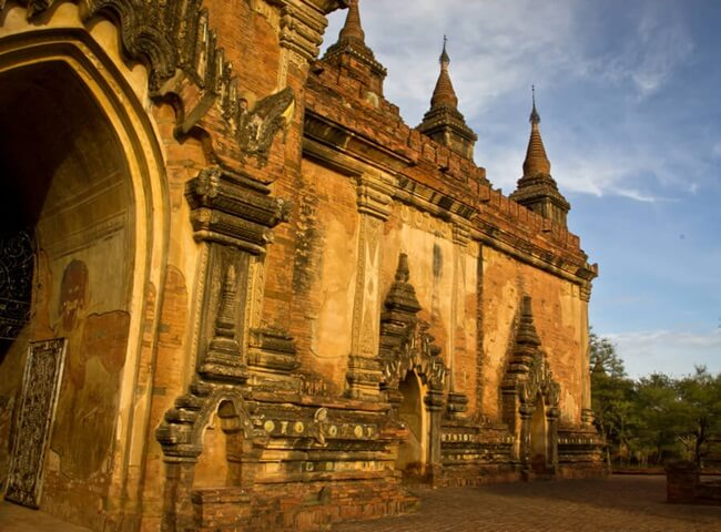 Đền thờ Dhammayangyi 3