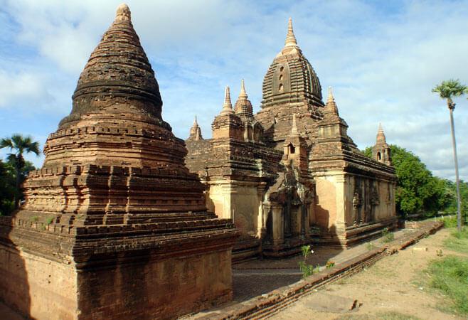 gubyaukgyi temple 4
