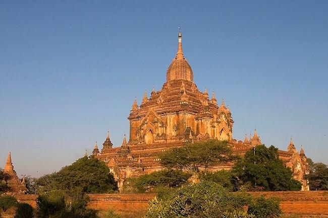 Htilominlo Temple 1