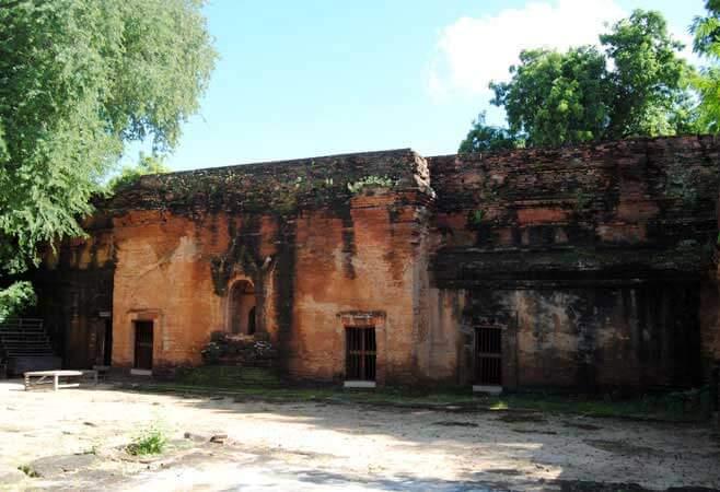 kyansittha temple 4