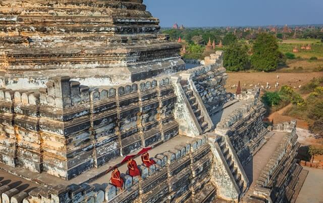 bagan temple biking tour 4