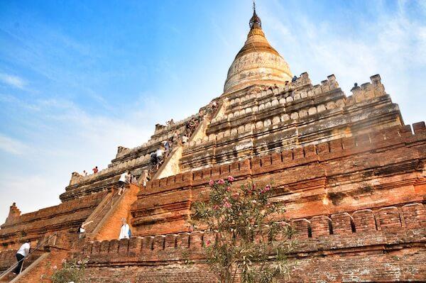 shwesandaw pagoda 1