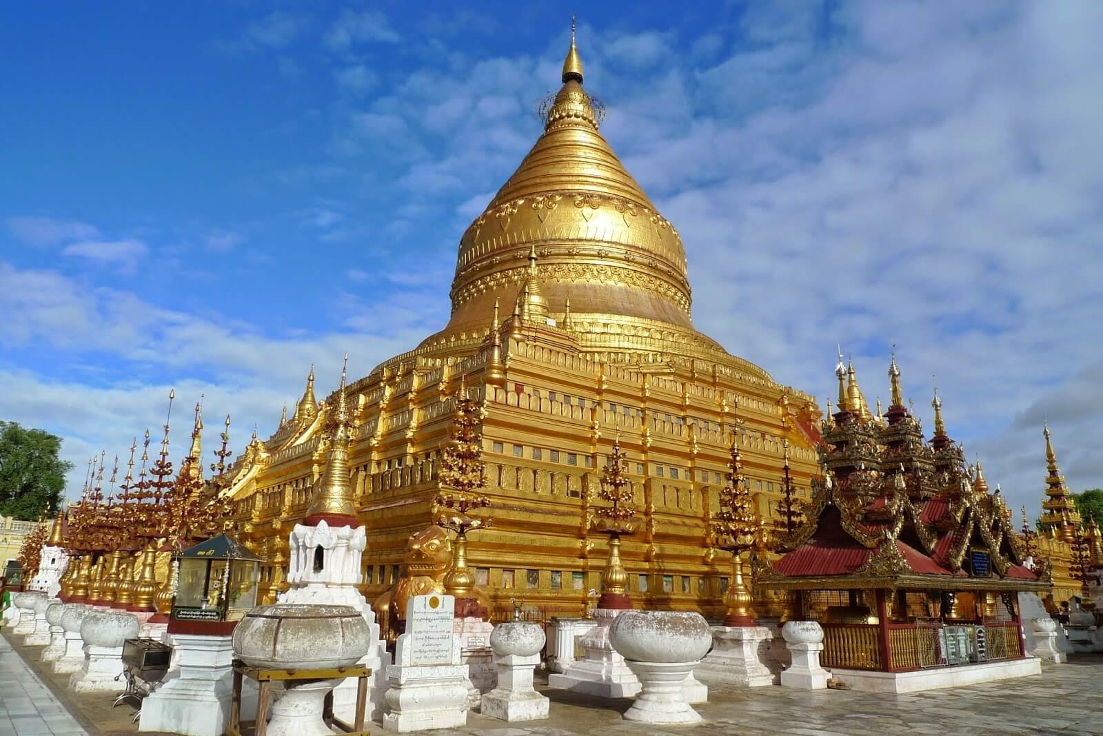 bagan temple biking tour 6