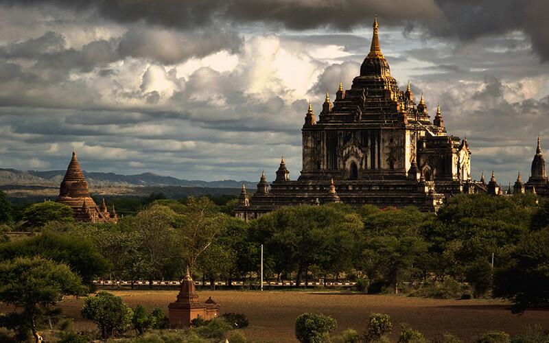 đền Thatinnyu