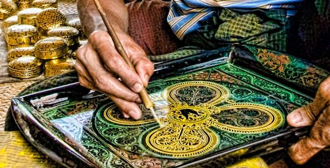 bagan lacquerware shops 5