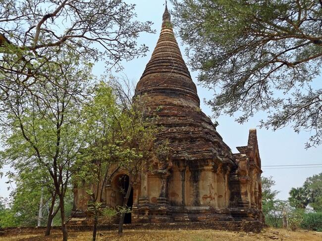 monasteries in bagan 2
